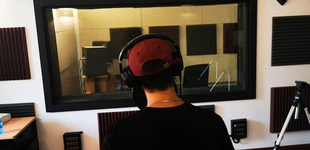 Nova producción a l'estudi de gravació